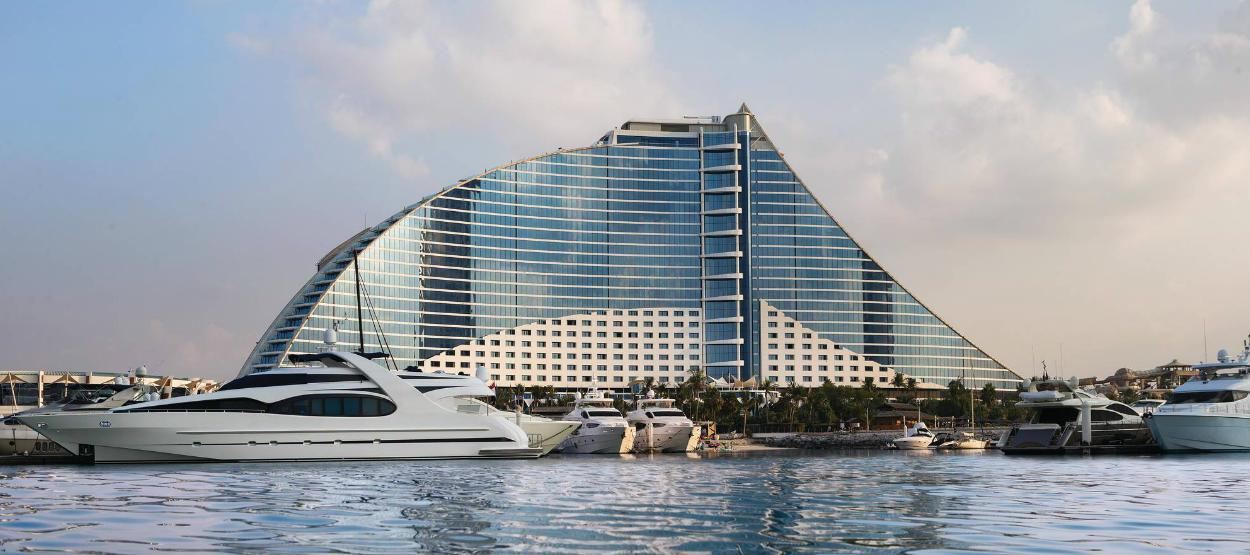 Отель Jumeirah Beach закрывают на реконструкцию!